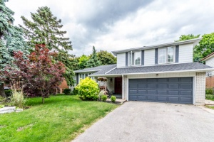 detached home sold in Sherwood Estates